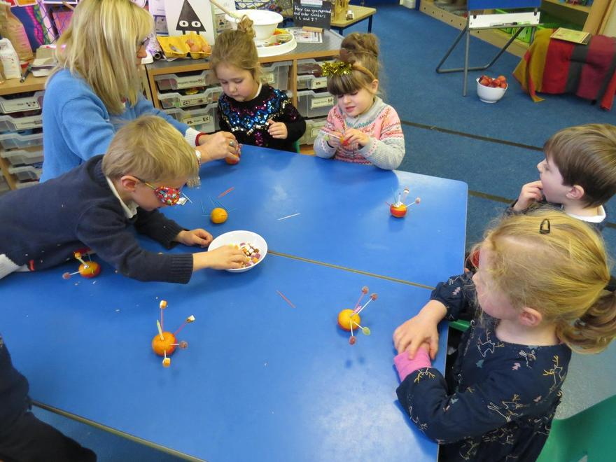..and finding out what the Christingle represents.