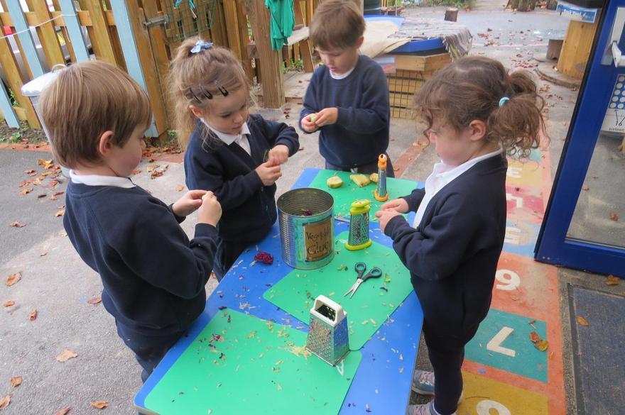 We made 'Vegetable Glue'