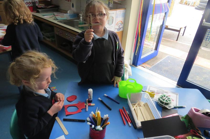 and craft resources to make poppies.
