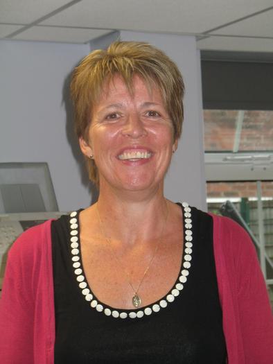 Elizabeth Newton - Head of School