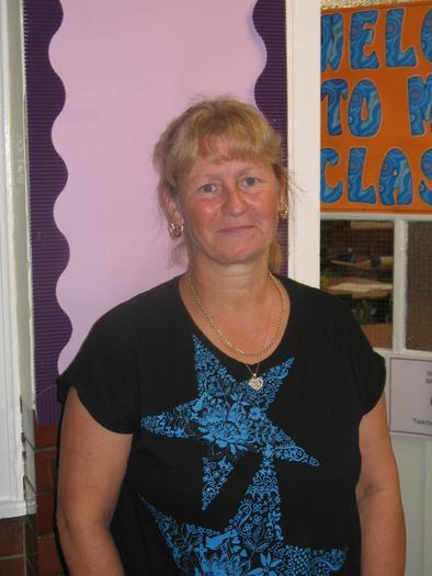 Mrs Darnell - Year 5 TA