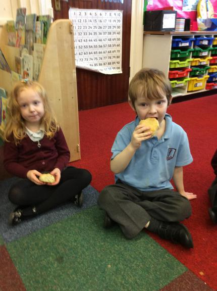 Tasting the bread - Little Red Hen