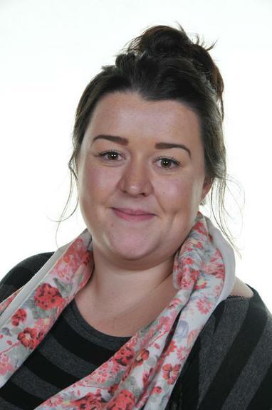 Miss B Hargreaves     (Year 1 Teacher)
