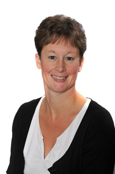 Mrs H Manser (Early Years Practitioner)