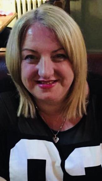 Mrs Parry (2M Teaching Assistant)