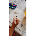 Using watercolours to paint beautiful hearts