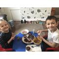 Decorating homemade cupcakes!