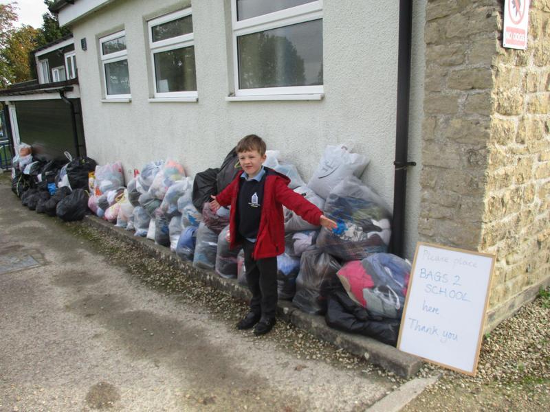 Bags2school reusing clothing