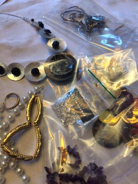 Jewellery to support Alzheimer's Society