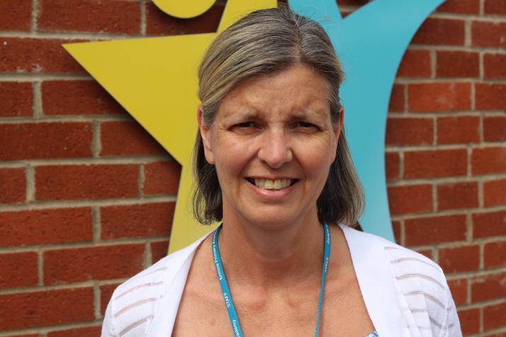 Mrs L Shaw Class 5 teacher (English)