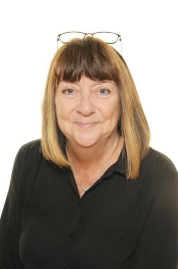 Mrs S Hutton