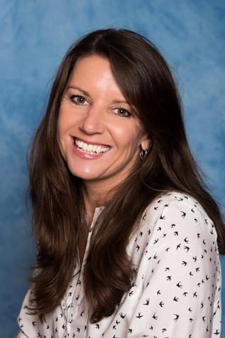 Mrs L Woolley - Teacher