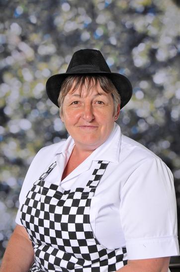 Ms Segger, School Chef