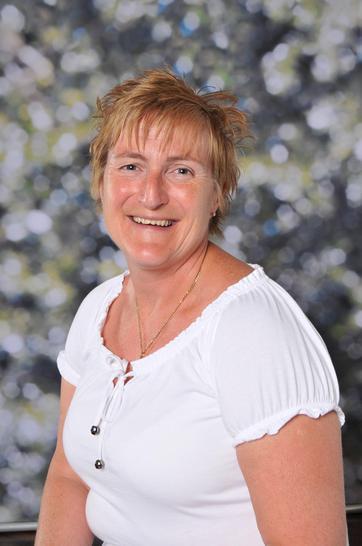 Mrs Hiorns, Midday Supervisor