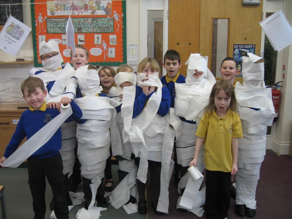 Making mummies February 2020