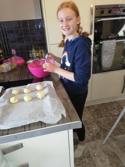 MIri baking.