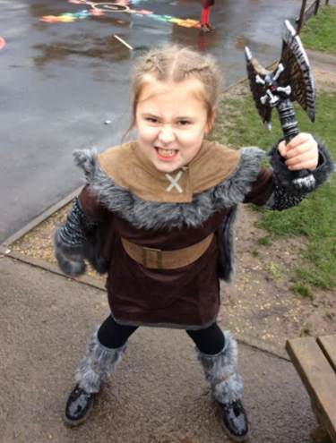 Here is Queen Saxon-Slayer from the Jackdaws tribe, ready for battle!