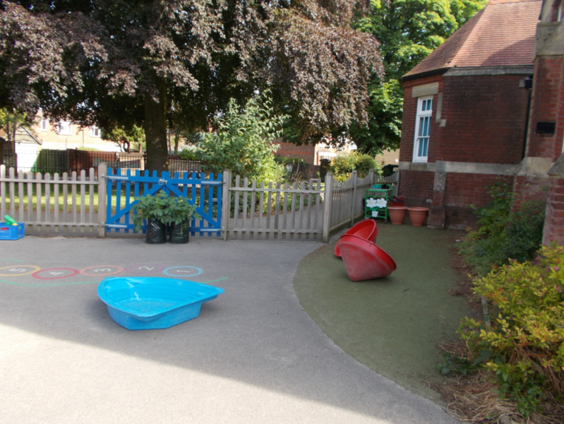 Year R Outside Area