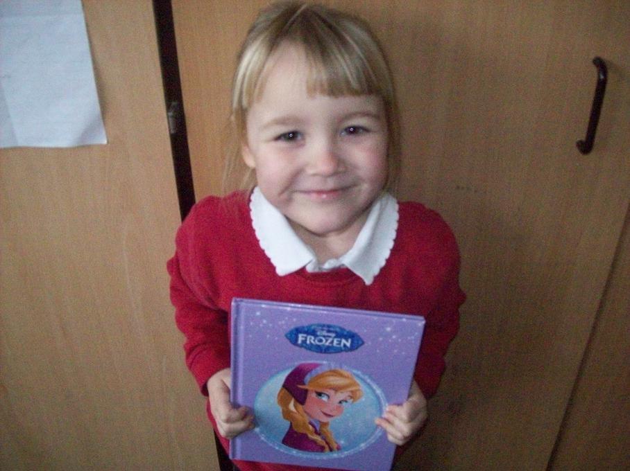 Frozen is my best book. I love Olof. He's funny!