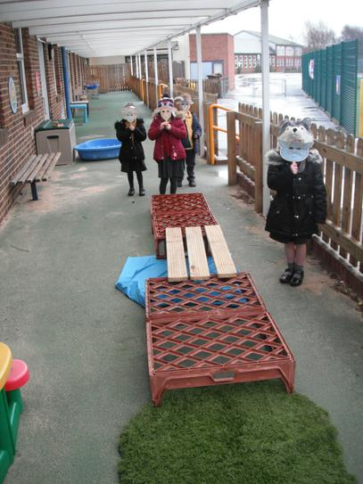 Acting out '3 Billy Goats Gruff'