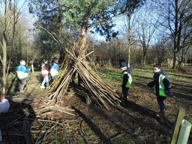 Year 3 at Nell Bank - Stone Age den building