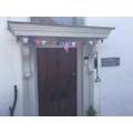 Eve decorated her front door