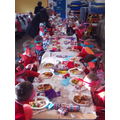 We enjoyed a Christmas lunch together.