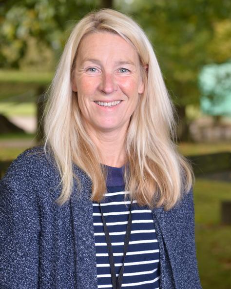Mrs Venetia Lansdell-Cobb