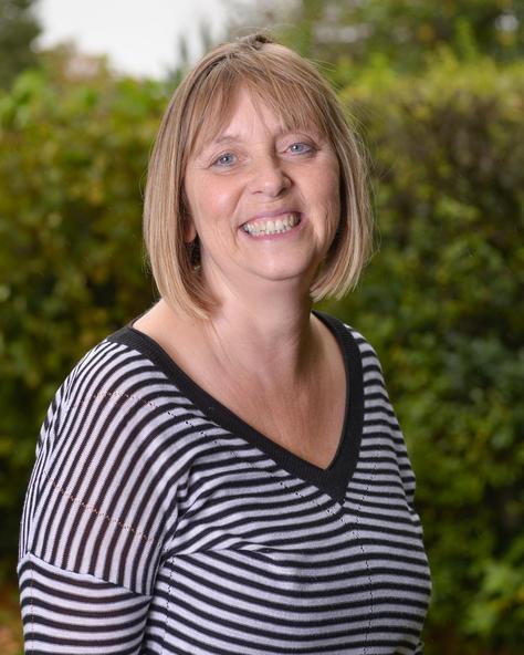 Mrs Helen Polley