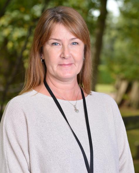 Mrs Debbie Pitt