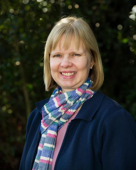Mrs Anne-Marit Kelly