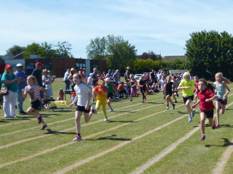 Year 4 Girls - Race