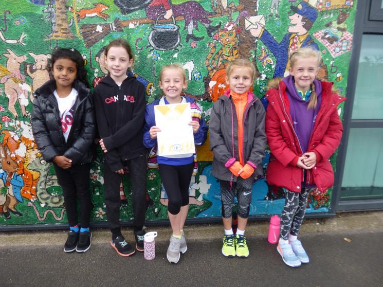 Y3/4 Girls Team won their race
