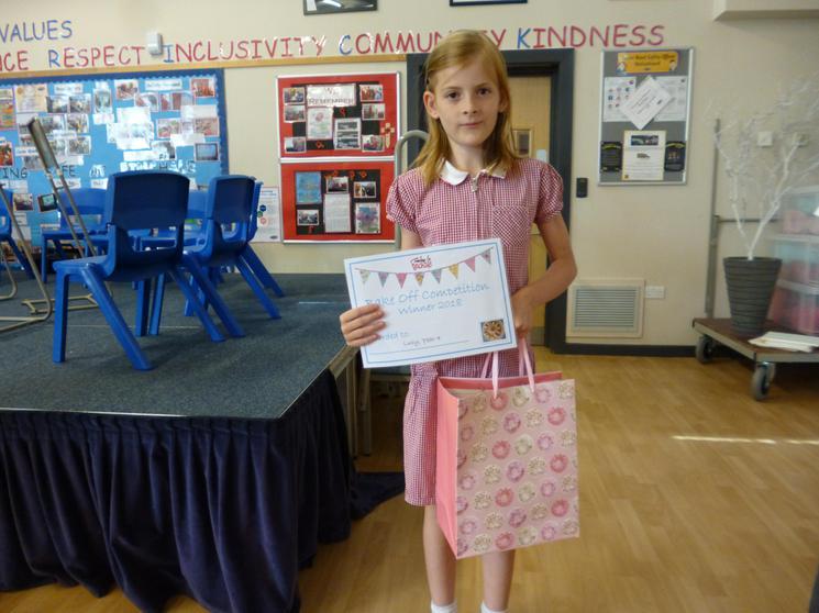 Lucy Y4, Winner