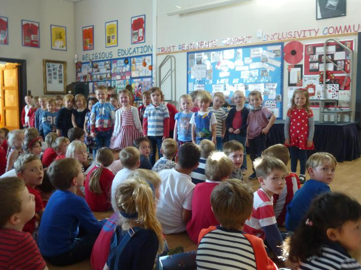 Reception Class singing: Frère Jacques.