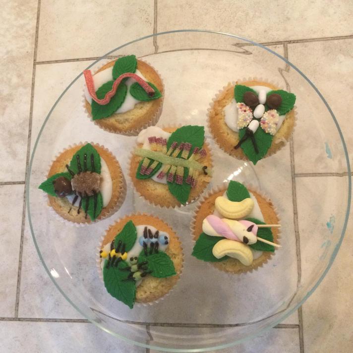 Too good to eat!  Creative baking indeed!