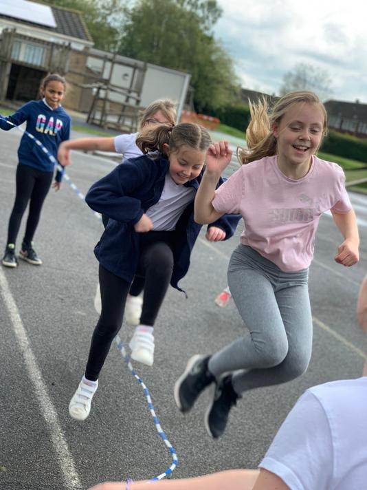 Fun and games with long rope and multiple skippers at once. Concentration needed!
