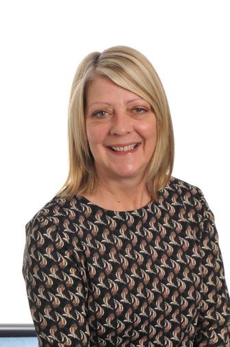 Mrs  Holloway (Teacher)