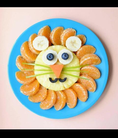 Pineapple and Satsuma Lion