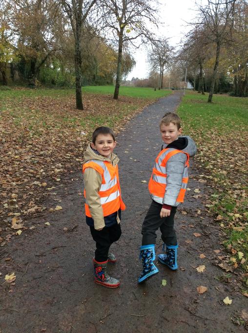 Elm Class go for a walk!