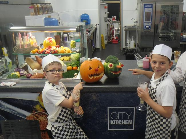 School visit to the city kitchens