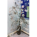 'Freedom' Willow tree with birds by Willow Class
