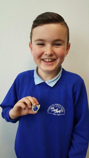 William(4JR) Blue Peter Badge for a winning design