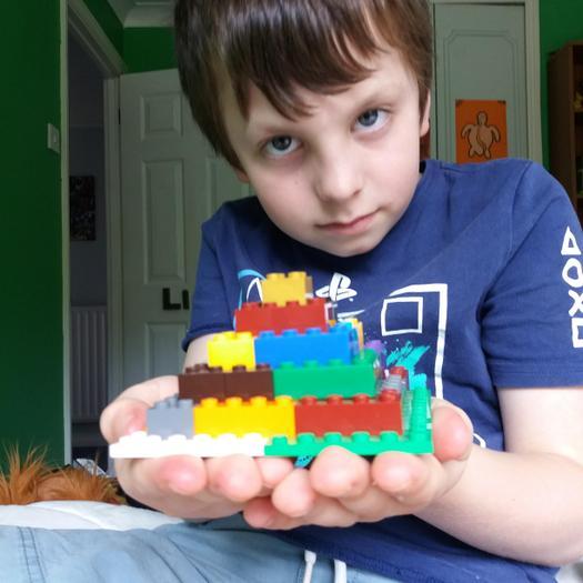 Liam (3EU) Lego pyramid