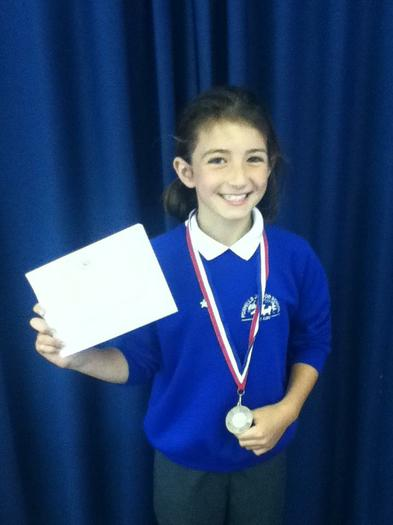 Phoebe (4MG) 2nd for school in Trampoling!