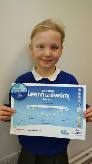 Sophie - Stage 5 swimming!