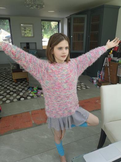 Super yoga pose Natasha