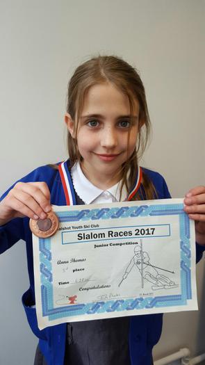 Anna: Slalom Race 2017 - 3rd!