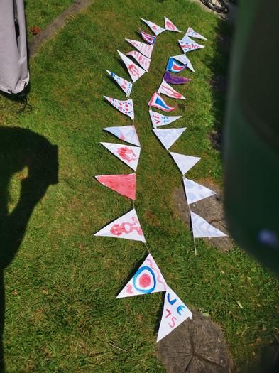 Imogen (3EU) VE day bunting