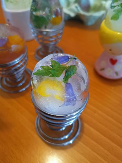 Imogen (3EU) ice flowers